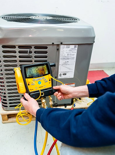 Air Conditioning maintenance tune up diagnostic on broken AC in Waterford, MI